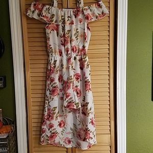 Girls LilyBleu sz12 Floral shorts/dress in one.